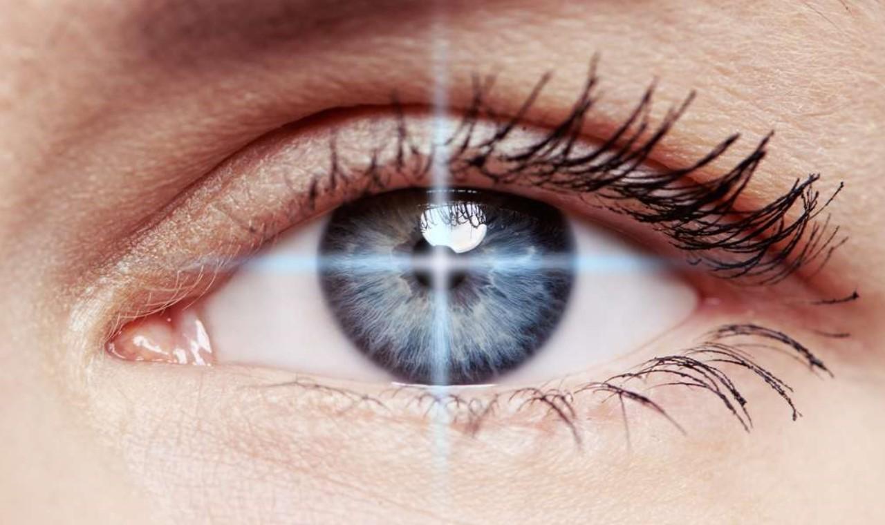 Restaurer la vue grâce à un implant rétinien artificiel-1