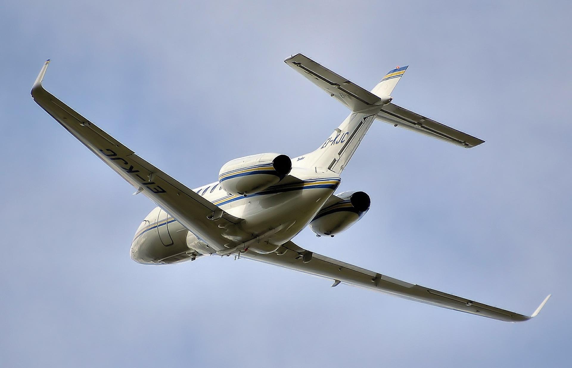 Voyager sur le jet électrique hybride de Zunum Aero-1
